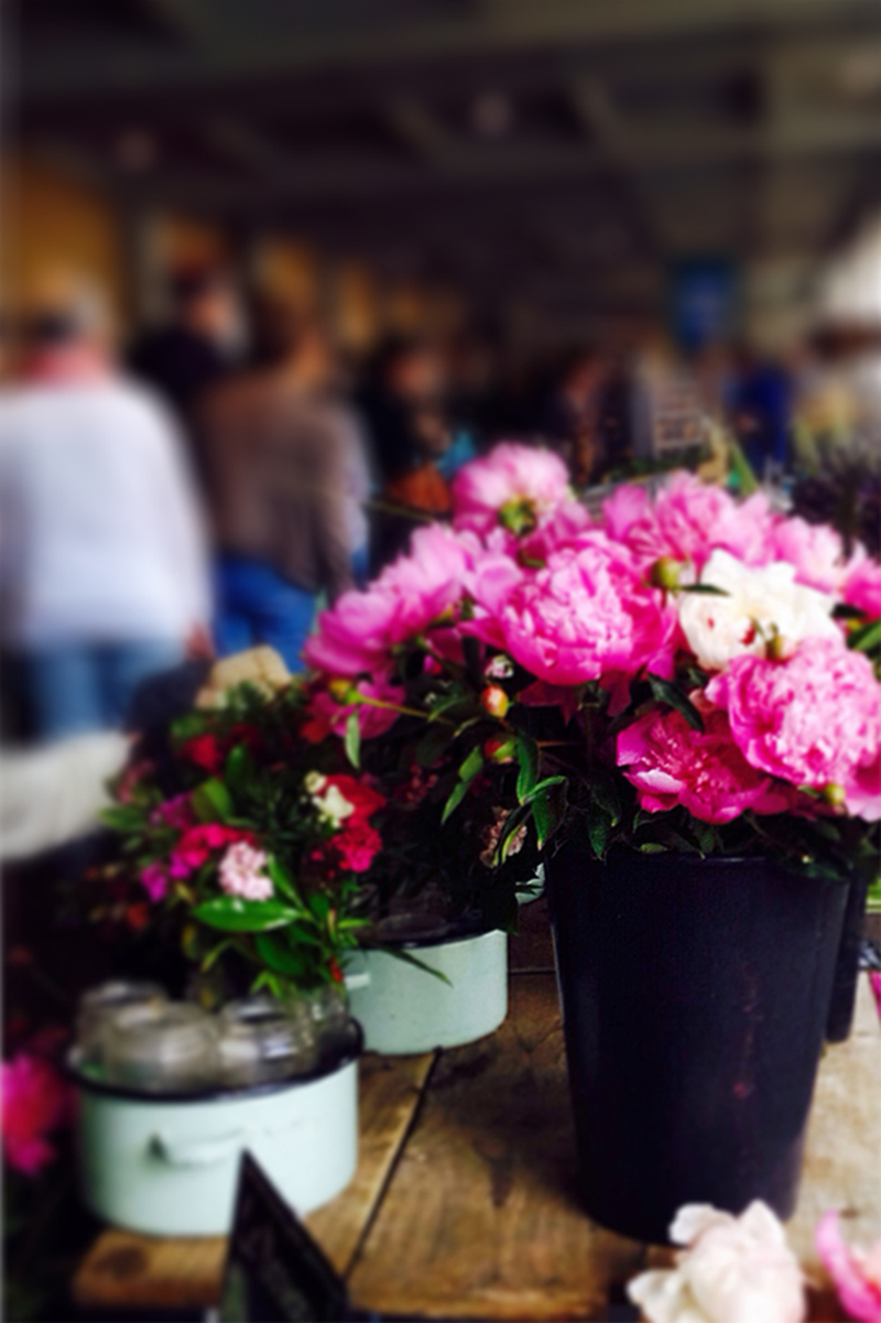 fleurs-flowers-marketplace-marche-valerieboystudio-blog-wp-1