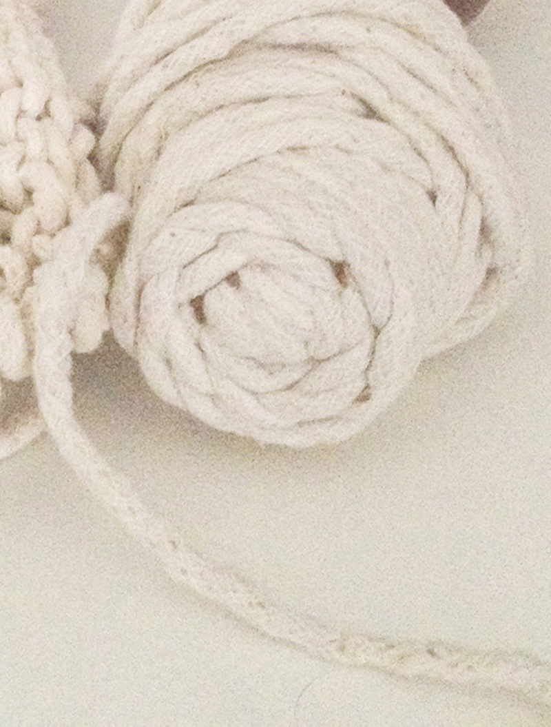 carpet-cord-white-chunky-knit-natural-closeup-valerieboystudio-byboy-valerieboy-blog-diy1